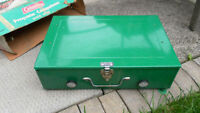 colleman portable gas stove very good working condition or best