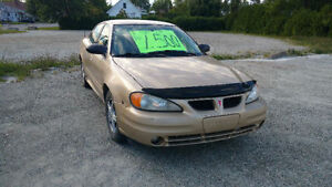 2005 Pontiac Grand Am Berline 1200 $ neg