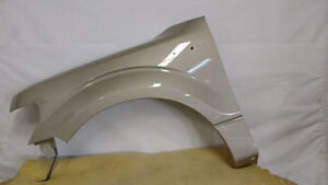 NEW 2001-2007 TOYOTA HIGHLANDER FENDERS London Ontario image 2