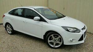 2011 Ford Focus LW Titanium PwrShift White Semi Auto Sedan Parramatta Park Cairns City Preview
