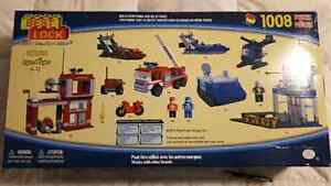 Brand New HUGE Emergency Services Building Set Peterborough Peterborough Area image 2
