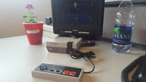 Third Party Mini NES Entertainment System w/500 Games! - NEW