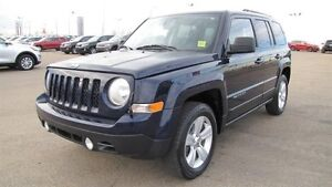 2014 Jeep Patriot 4WD NORTH EDITION Accident Free,  Heated Seats