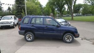 2001 Chevrolet Tracker 4x4 stick...EASY TOWING,,,HUNTING