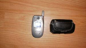 Cellulaire LG 245