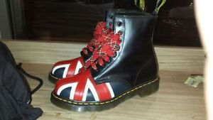 Dr martens woman's boots new size 5- UK 6-US model :10950