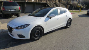 """2015 Mazda3 Sport Toute equipée + mags noirs 18"""" Mazda"""