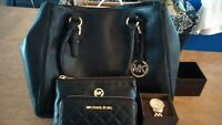 Authentic Michael Kors Set Purse, 2 Wallets. Valentine's Day Gif