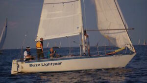 EVELYN 25/5 FLUSH DECK RACER