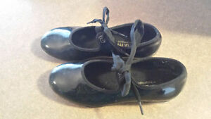 Tap Shoes - size 13 (youth)