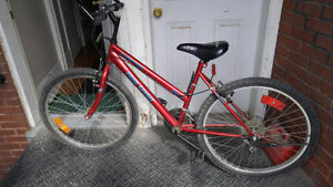 Free Spirit Bike / Red / Great condition