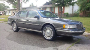 1989 Lincoln Continental Signature Series 300$ FIRM