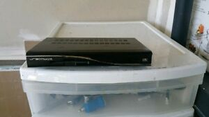 Dreambox100 FTA receiver 100% working with all cables