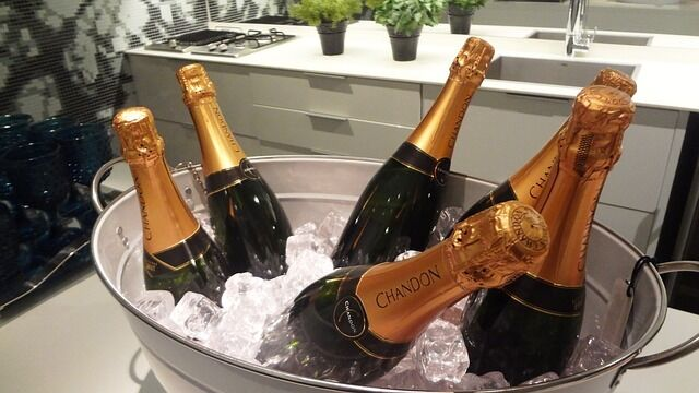 Get your Champagne on ice
