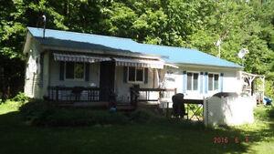 Maison à vendre à St-Rédempteur