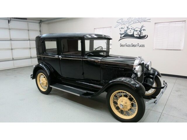 Ford : Model A STEELBACK 1929 Ford Model A Steelback 4 Dr.rotisserie restoration nothing spared,amazing !