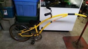 Trail a bike Adams jaune