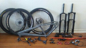 Lots of high end mountain bike parts