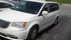 2013 Chrysler Town & Country Touring- All new Pads/Rotors/Wipers