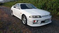 1996 Nissan GT-R Coupe (2 door)