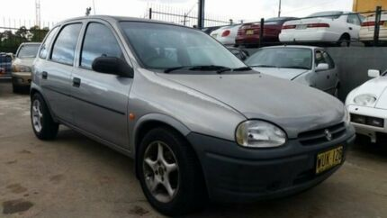 1996 Holden Barina SB Swing Silver 5 Speed Manual Hatchback Wentworthville Parramatta Area Preview