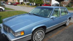 Cadillac Sedan de Ville Braugham 1991 État concours