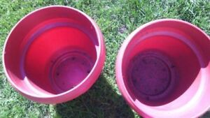 2 Huge Plant Pots w/Dishes