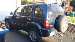 2004 Trail Rated Jeep Liberty 4X4 v6 (130k)