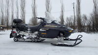 03 Skidoo Grand touring 550  reverse/electric start