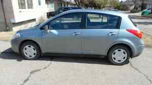 2009 Nissan Versa SE with extra winter Tires