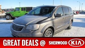 2015 Chrysler Town & Country S/SPORT DUAL DVD Accident Free,  Na