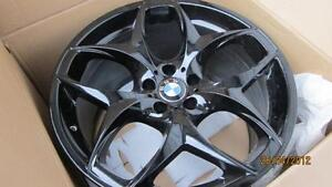 "$6,900 ?? 21"" BMW X6M/X5M OEM GENUINE STYLE #215 BLACK 21"" DUNLOP"