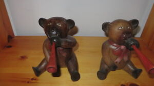 Hand carved solid wood bears animals for home decor children