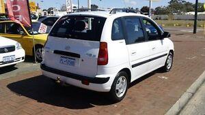 2003 Hyundai Elantra Lavita XD GLS White 5 Speed Manual Hatchback Victoria Park Victoria Park Area Preview