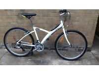 Btwin 300 Hybrid Mountain Bike in Good Condition