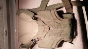 Porte-bébé de marque Snugli