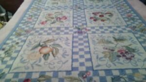 Attractive & Cheerful Rug
