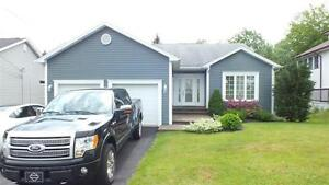 Fabulous New Sackville Bungalow with Air Conditioning!