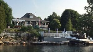 Howe Island Luxury Weekly Vacation Rental