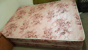 Double mattress with box spring (Reduced)