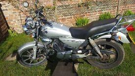 Yamaha YBR125 Custom, 11k miles, tax/tested