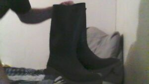 rubber boots, new, size 11