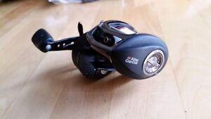 Abu Garcia Revo 3 SX baitcaster Reel - RIGHT HAND - 6:4 gear