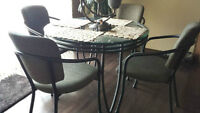 Round Glass Dining Table **Extra beveled glass top!
