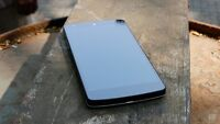 Nexus 5, works with all and in all pristine condition