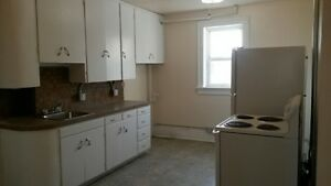 LG 2 Bdrm Suite Avail Today!  $825/mth