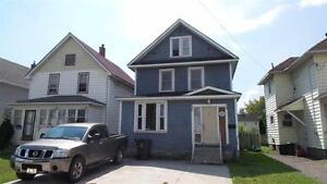125 Alexandra St - For Sale Now!