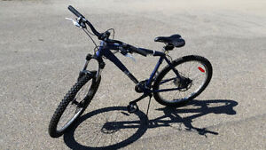 Diamondback Response Hardtail Mtn Bike with 20-inch frame-$580
