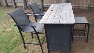 Outdoor Bar, 2 chairs, 1 stool
