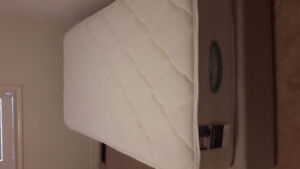 Simmons Beautyrest Twin Mattress with box